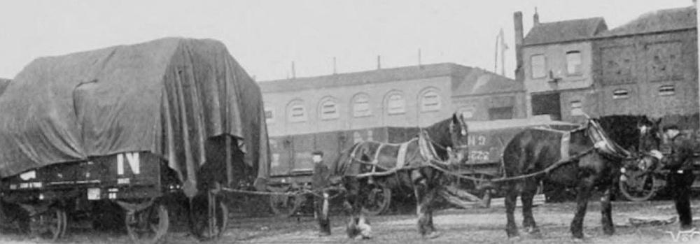 GNR_Pferde_beim_Rangieren_vor1910.jpg