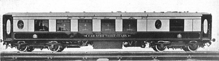 LNER_3rd_Class_Pullman_1928.jpg