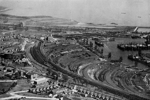 Barry_Docks_1922.jpg