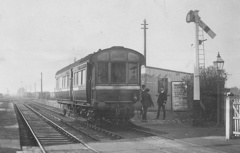 LNWR_Railmotor_Woburn_Sands_station.jpg