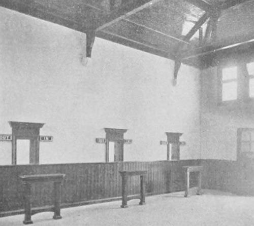 Enfield_Station_Schalterhalle_1910.jpg