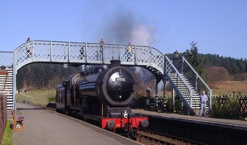 GER_S69_LNER_B12_WeybourneStation_1907.jpg