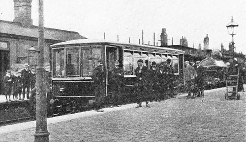 GNR_Petrol-RailMotor_Grantham_1904.jpg