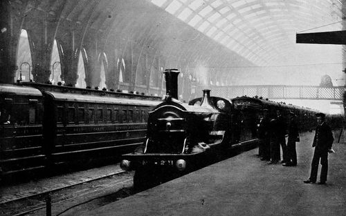 GNR_221_KingsCross_1910.jpg