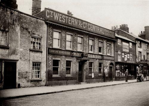 GW%26GCJR_Office_High_Wycombe_1909.jpg
