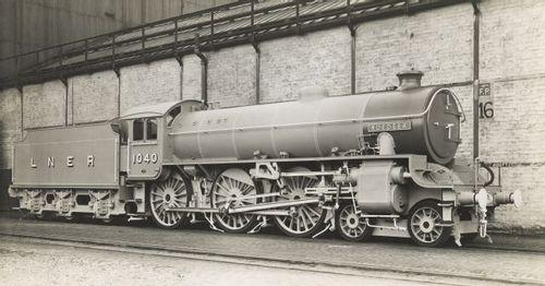 LNER_B1_Class_1040.jpg