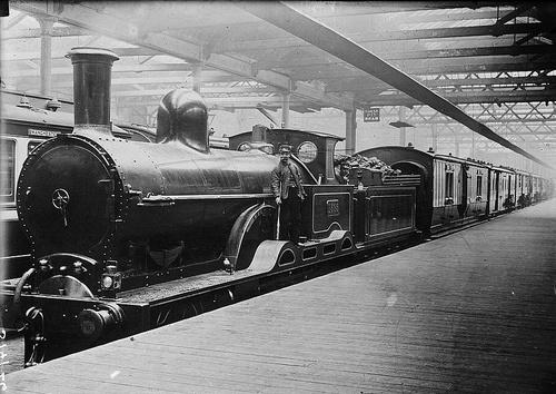 LNWR_Dreadnought_Class.jpg