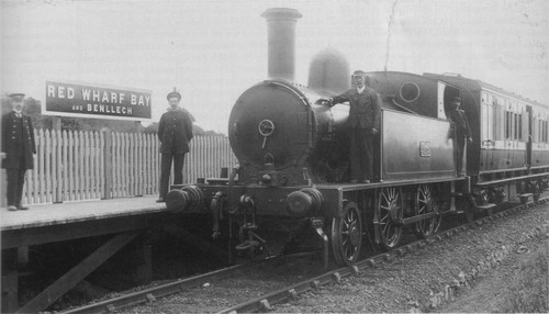 LNWR_Red_Wharf_Bay_and_Benllech_railway_station_1909.jpg