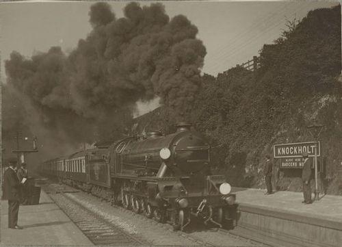 LSWR_N15_SR_KingArthurClass_764_Knockholt%20station.jpg
