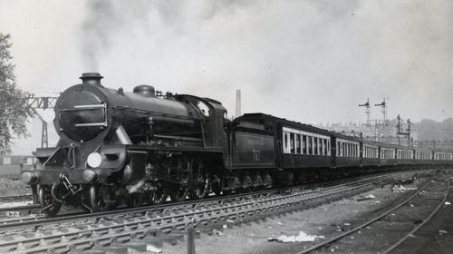 LSWR_N15_SR_KingArthurClass_767.jpg