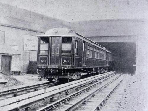Mersey_Railway_EMU_1903.png