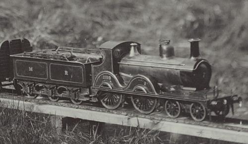 MR_Class_2_4-4-0_2183_Class_2199_Modell_1920-30.jpg