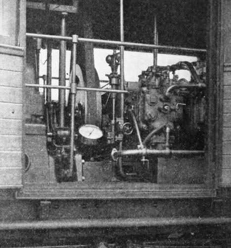 NER_Petrol-Electric_Autocar_Maschinenraum.jpg