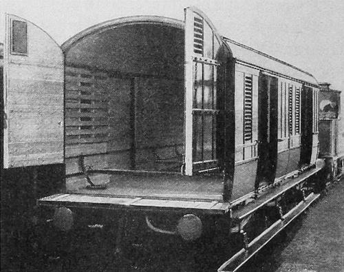 MotorCarVan_1914.jpg