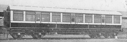 LNWR_3rd_Corridor_Coach_1912.jpg