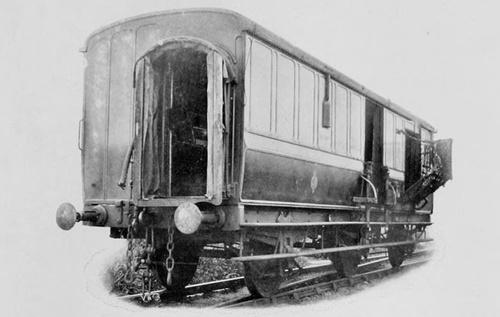 LNWR_Mail_Van_vor1910.jpg