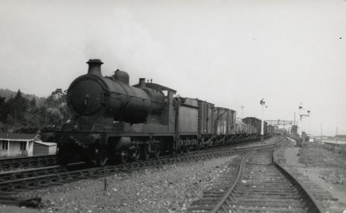 ROD_2-8-0_GWR_3000_3017_1919.jpg