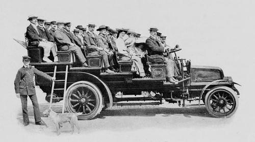 GWR_Ausflugsbus_1910.jpg