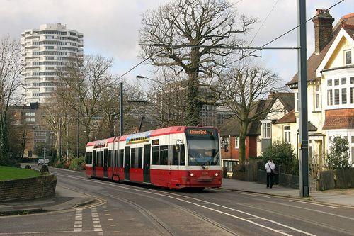 tramlink_old_livery.jpg